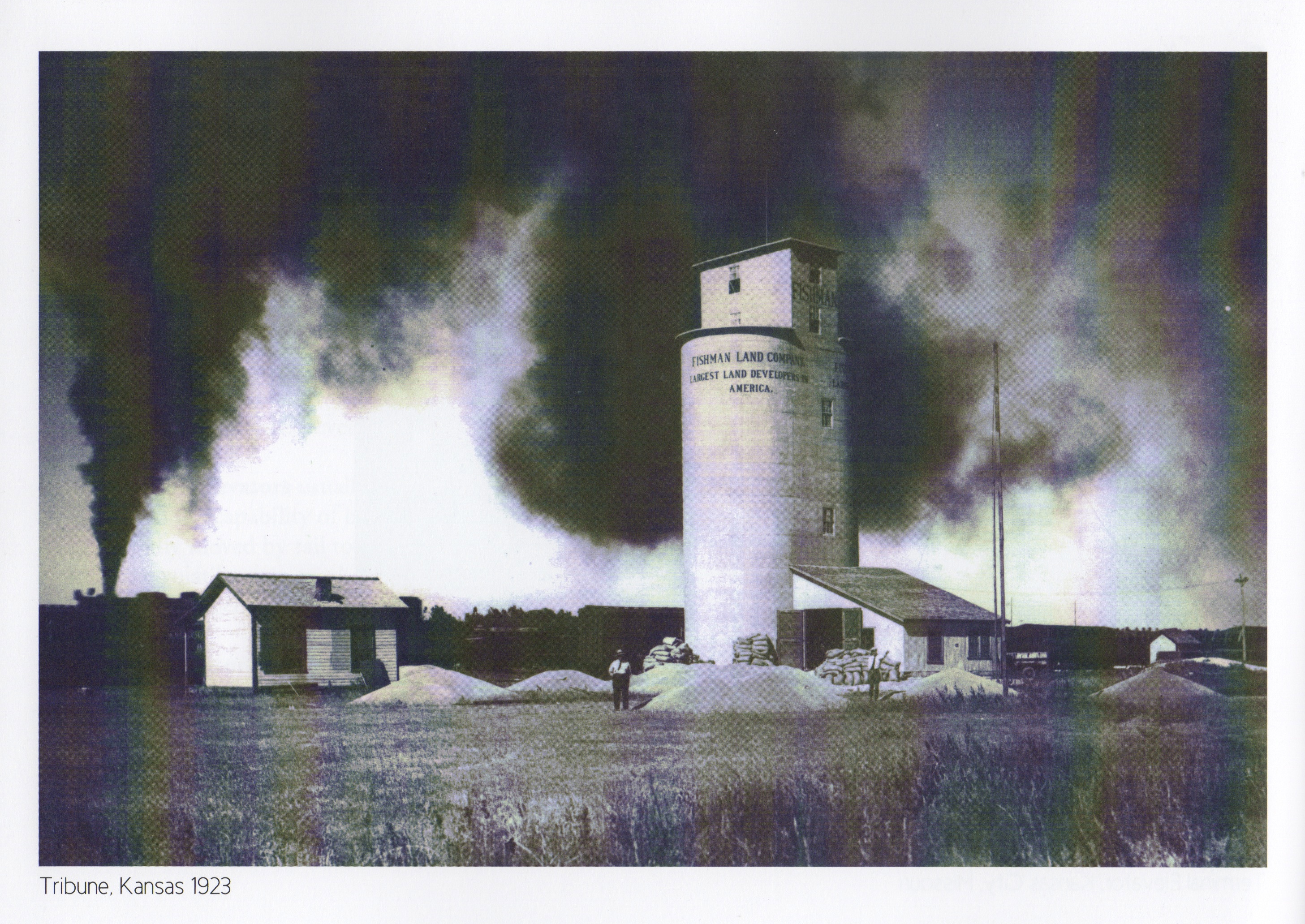 Photo from The American Grain Elevator: Function & Form, by Linda Laird, courtesy of Grain Elevator Press.