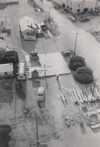 It could be Mike waving at the photographer in this photo from atop the Flagler annex. The Ford and 16-foot trailer are also evident.