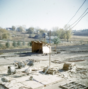 Construction of the hoist very early in the process of building the Vinton Street elevator. Note the Georgia buggies near the formwork.