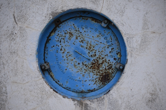 The Mayer -Osborn Construction Company is identified on the manhole cover