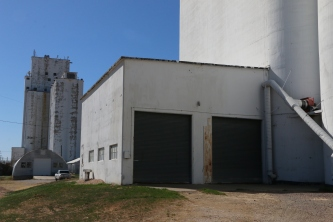 Mayer-Osborn's outside double-driveway was unique.
