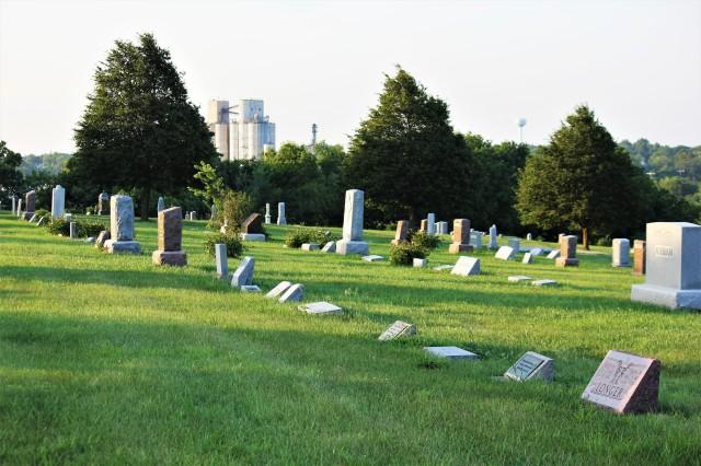 Firth, NE Cemetery 2012 II